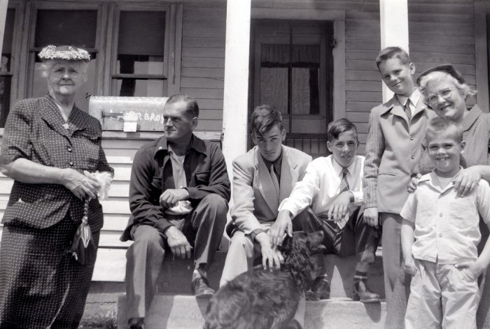 9. The entire family looked sharp back in 1954.