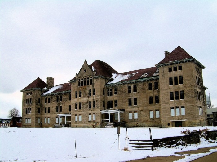 4. Abandoned, creepy asylums are still standing.