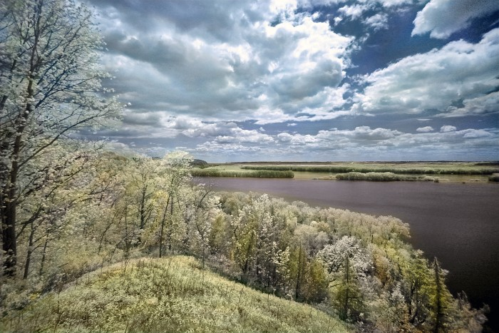10. This is a stunning shot of the Mississippi Palisades State Park in Savanna.