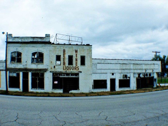 9. Walking through parts of southern Illinois can give you the shivers.