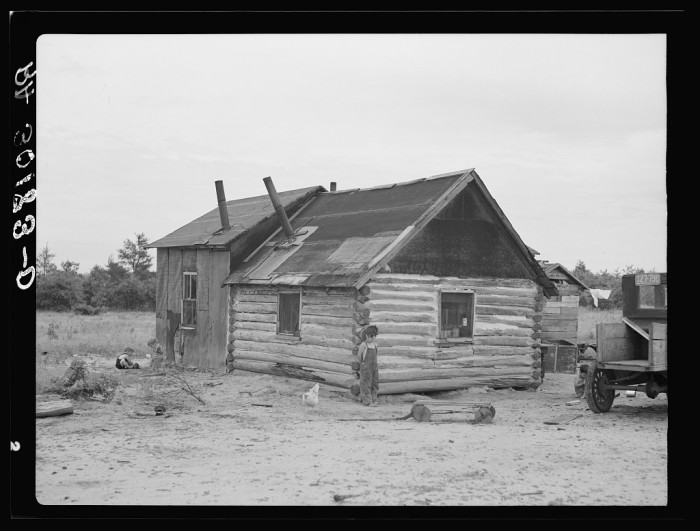 6. This was the home of Art Simplot near Black River Falls, Wisconsin in 1937.