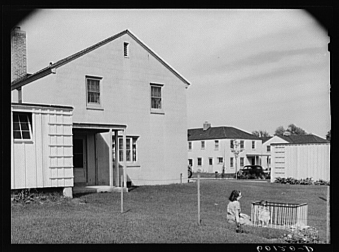 8. This is a detached home in Greendale, Wisconsin in 1939.
