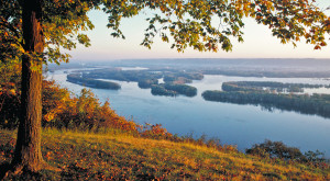 If You Live In Iowa, You Must Visit This Amazing State Park