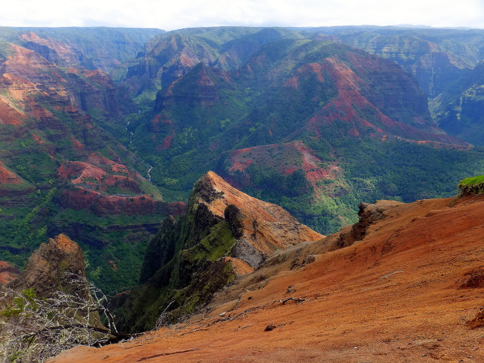"""1. There's a reason Waimea Canyon is often considered to be the """"Grand Canyon of the Pacific."""