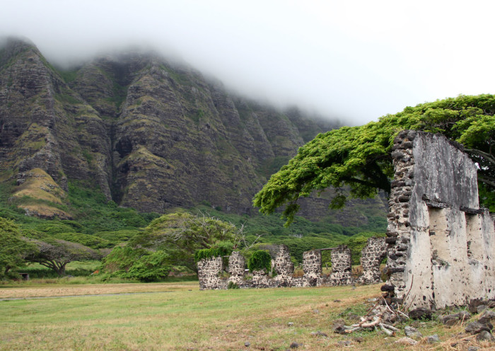 10) Oahu's Kaaawa Valley is home to one of the most popular film production sites in Hawaii, Kualoa Ranch where films like Jurassic Park, Lost, and Godzilla were shot. The valley is also home to the beautiful ruins of an old sugar mill.