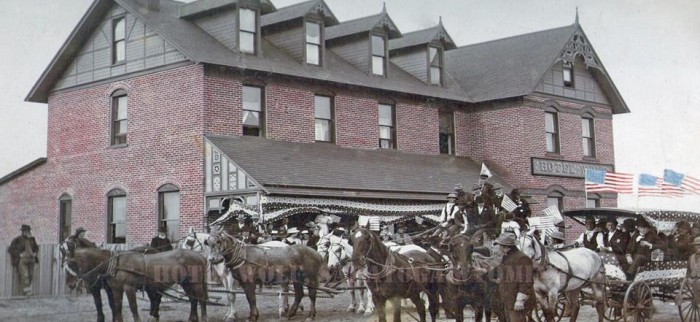 2. The Historic Wolf Hotel and Restaurant