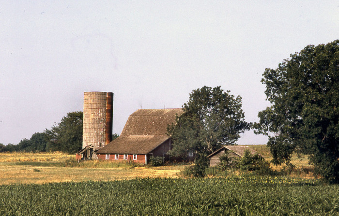 "7. ""A farm in Kansas, taken near Topeka."" (1973)"