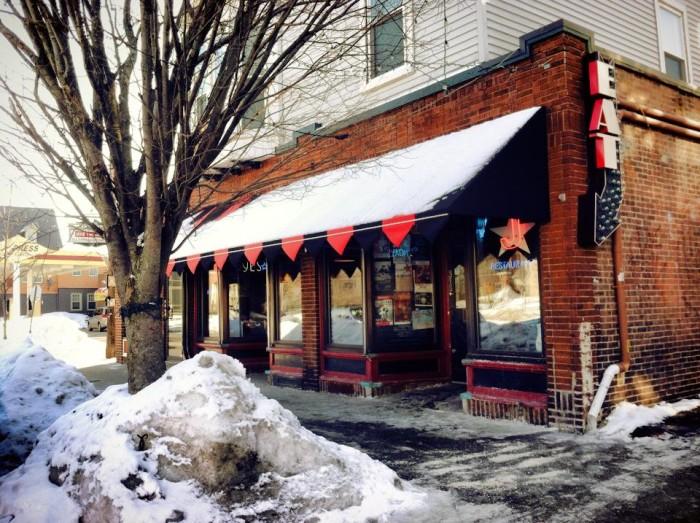 6. Julians Restaurant, Providence