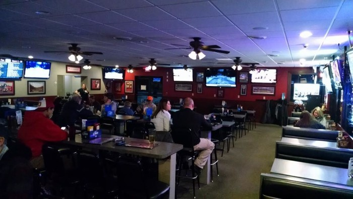 3. Bunker Sports Bar and Grill (Vandalia)