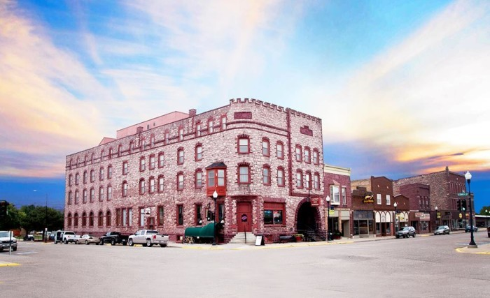7. Pipestone - Historic Calumet Inn