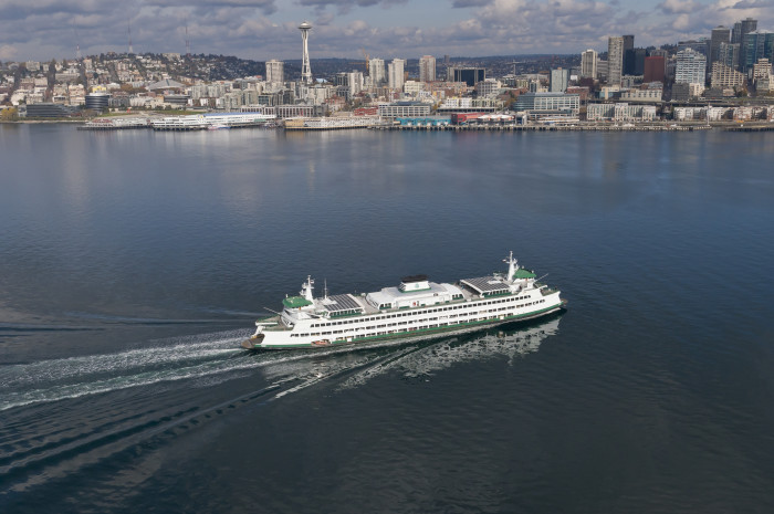 5. Washington's ferry system is the largest in the country, and by far the best.