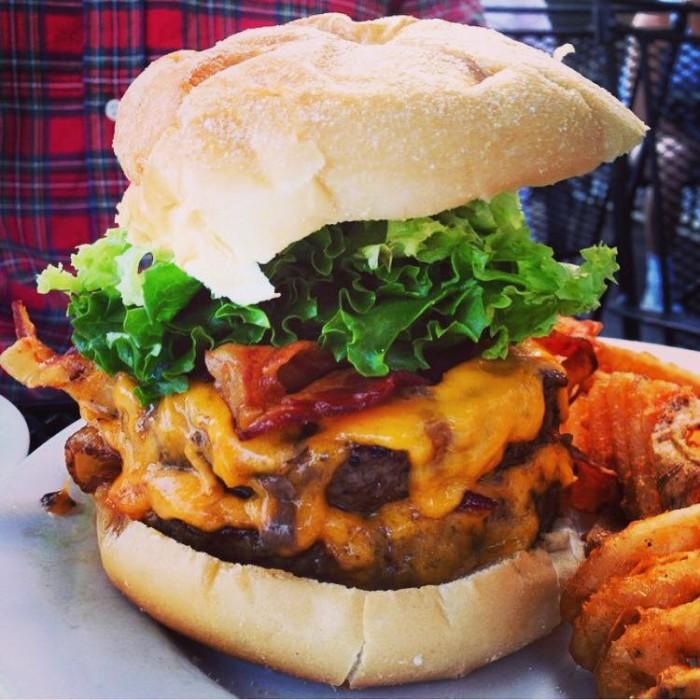 burger, Delaware, Klondike Kates, Newark