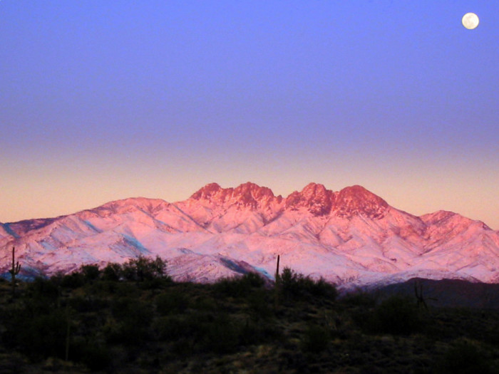 2. This mountain range is found in central Arizona and is the namesake for a local brewing company.