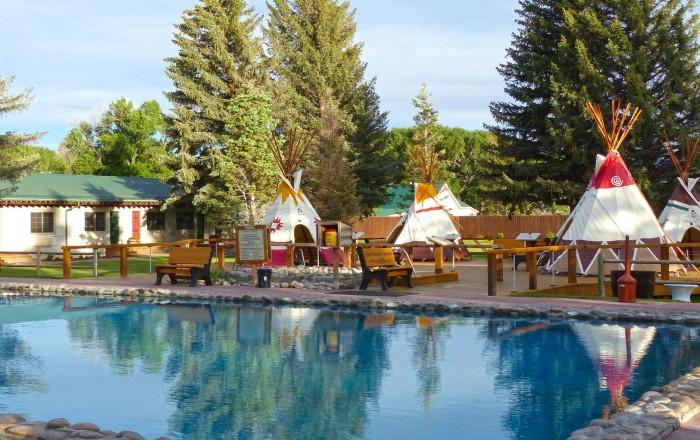4. Saratoga Resort & Spa