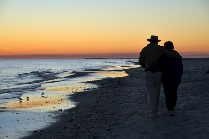 4. Enjoy the sunset along one of Alabama's beautiful Gulf Coast beaches.