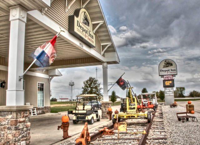 12.Silver Rails Depot Inn and Suites, La Plata
