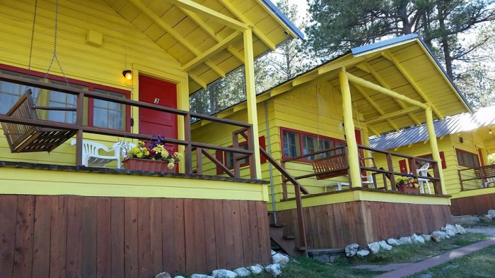7 unique cabins in south dakota for Cabins near custer sd