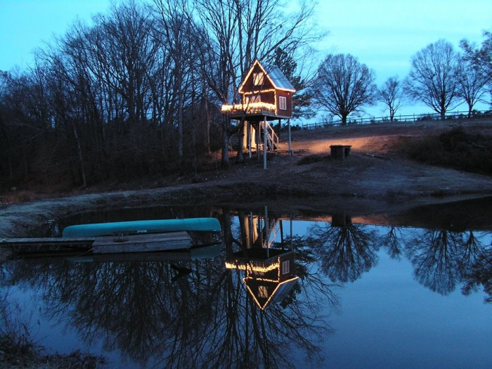 Treehouse Vineyards even has adorable treehouses available for rent!