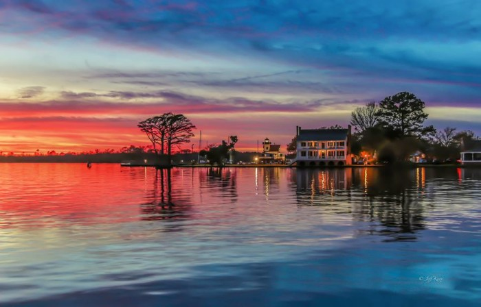 4. An enchanting sunset over Edenton Bay.