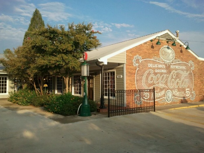 1. Oby's Restaurant, Starkville, Oxford, and Tupelo