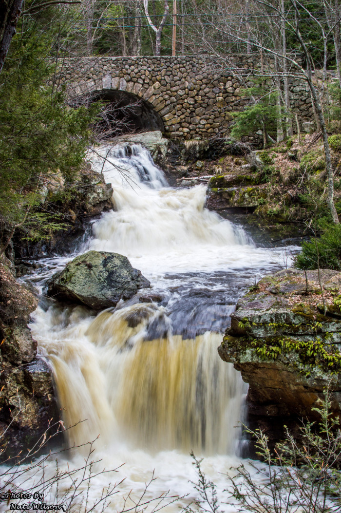 18 Hidden Waterfalls In Massachusetts