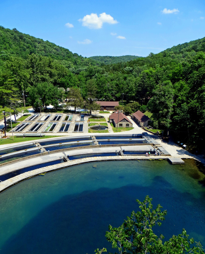 16 sites in missouri that represent the beauty of america for Roaring river fish hatchery