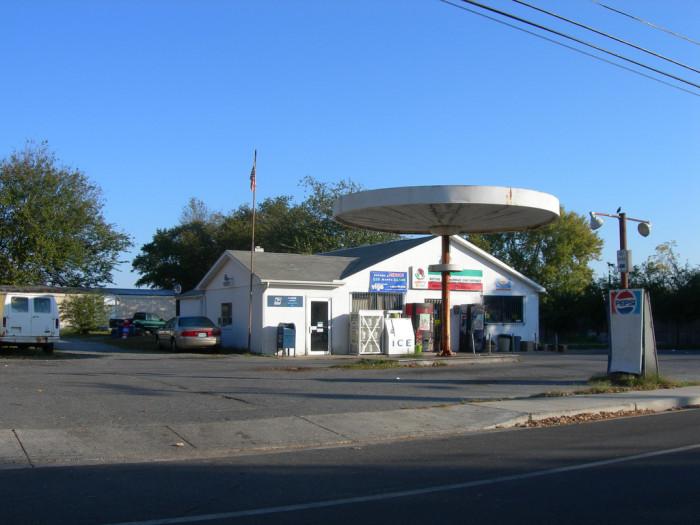 2. Templeville, Caroline County