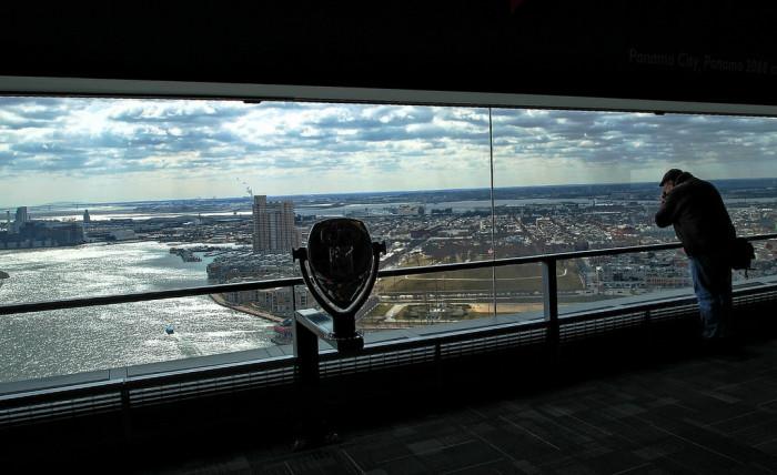10. Propose among panoramic city views.