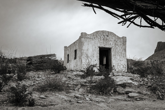 8. Abandoned building #2 (Terlingua)