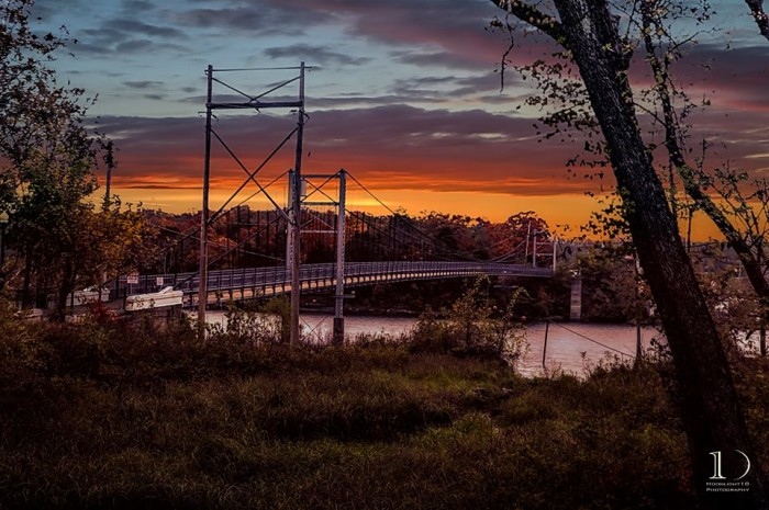 18.An eerie setting at the swinging bridge in Warsaw.