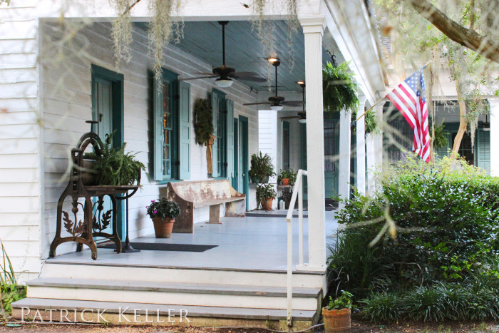 Guests come from around the country to enjoy the beautiful grounds and admire the intricate iron work porches. There is a cafe on-site that serves Louisiana favorites.