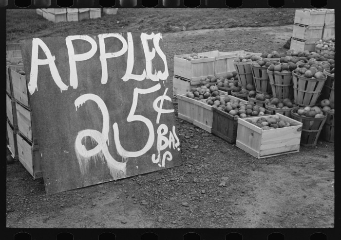 2. Apples for sale!