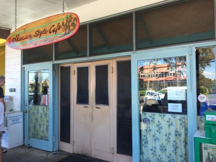 2. Hawaiian Style Café