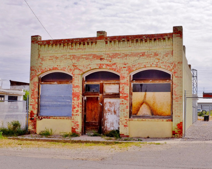9. An abandoned store in Shoshoni.