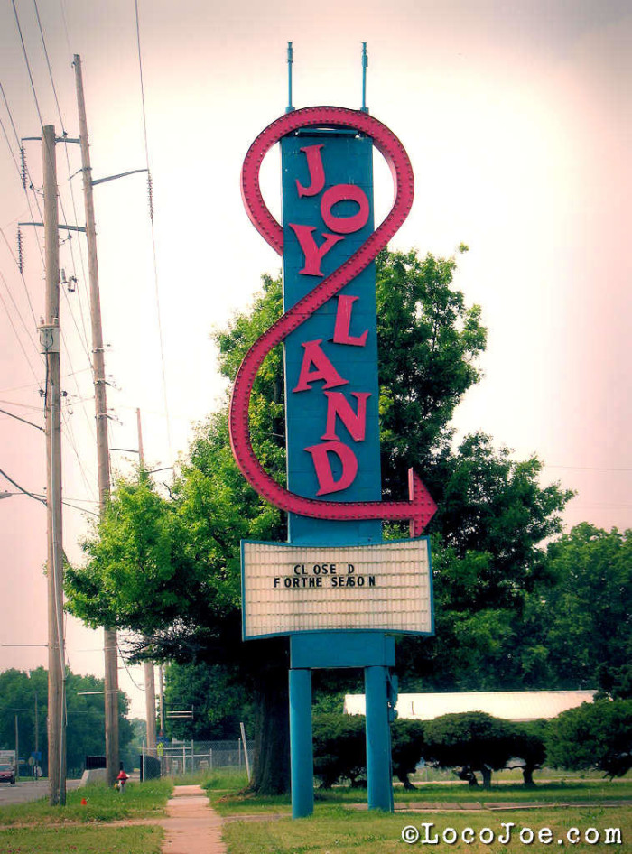The Remnants Of Joyland Amusement Park Are Haunting