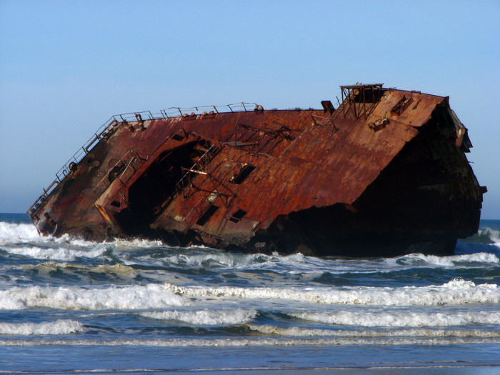 7. The massive remains of the shipwrecked Carissa on the shore of Coos Bay: