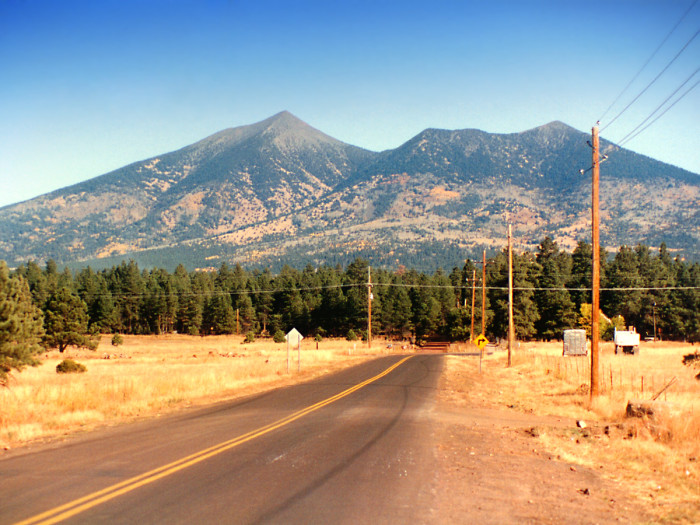 7. An old stratovolcano, this mountain range also happens to be home to the state's highest elevation and Arizona's only tundra environment.