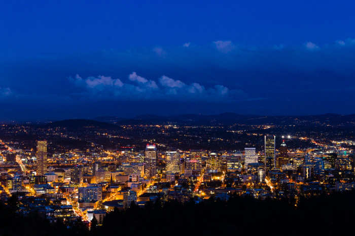2. You'll recognize this city skyline even though you can't see the river in the foreground...