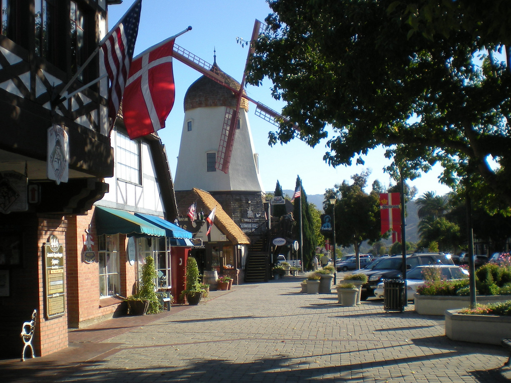10 Charming Small Towns In Southern California You Must Visit