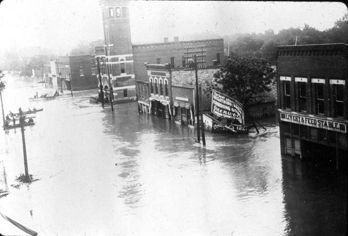 8. North Avenue (Topeka, 1903)