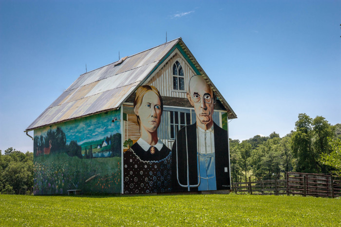 3. The American Gothic Barn, Mount Vernon