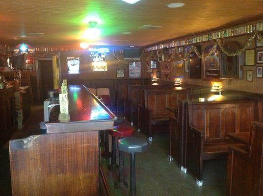 3.2. Lula's Tavern, Moberly