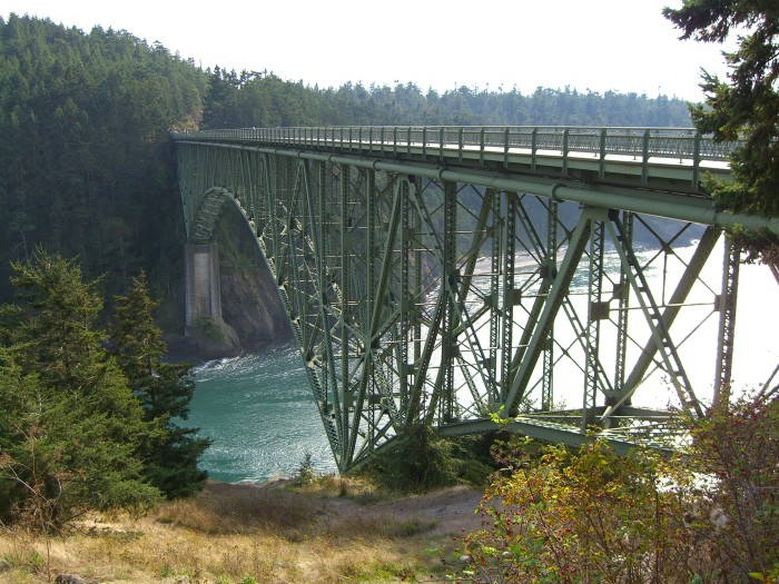 6. You've been to Deception Pass State Park, and walked along the bridge.