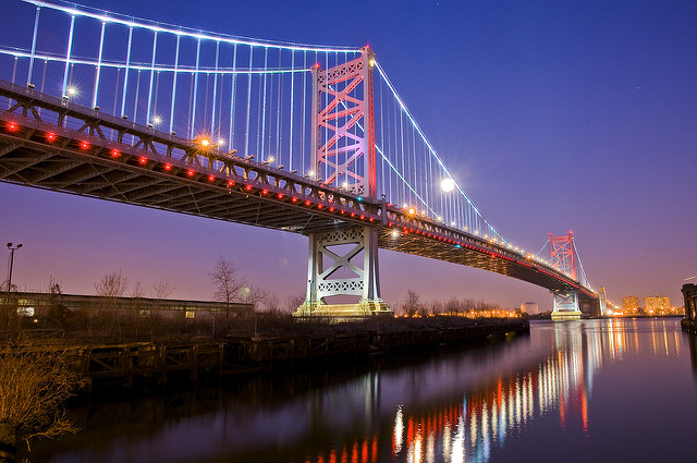 1. The famous Philadelphia bridge escapes few eyes.