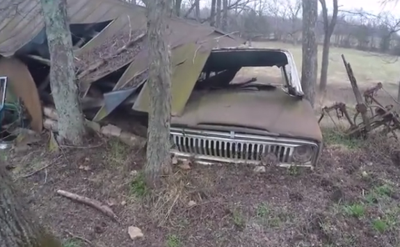 Apparently a Jeep from the early 1970s.
