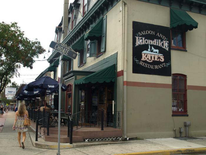 Klondike Kate's Restaurant and Saloon, Newark, Delaware, burger