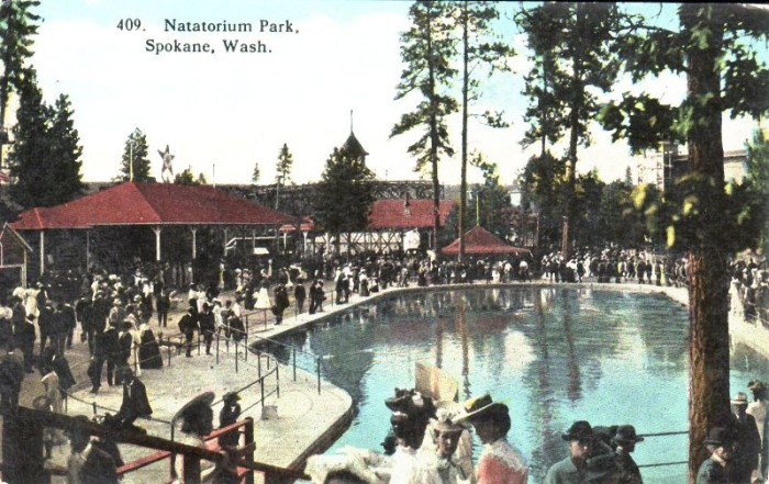 5. Visiting Natatorium Park in Spokane.