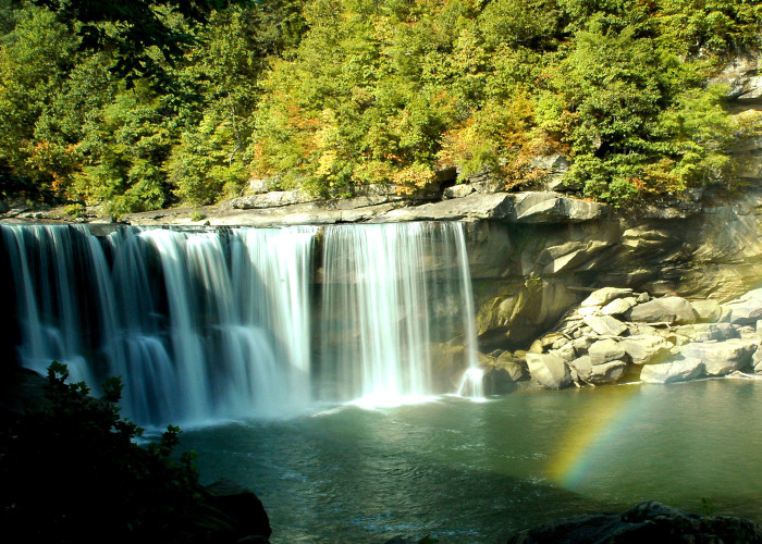 In 1874, Historian, Richard Henry Collins wrote a description of Cumberland Falls.