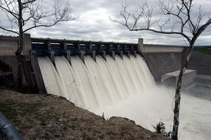 4.2. 1200px-Table_Rock_Dam_during_April_2008_White_River_Flood