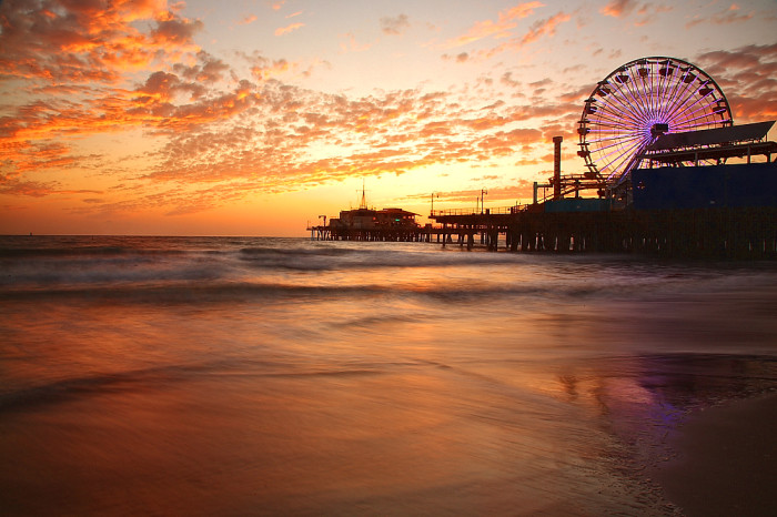 7.  Santa Monica Pier looks stunning.  Have you ever been on a ferris wheel at sunset?